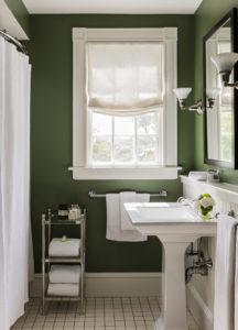 cuarto de baño de color verde